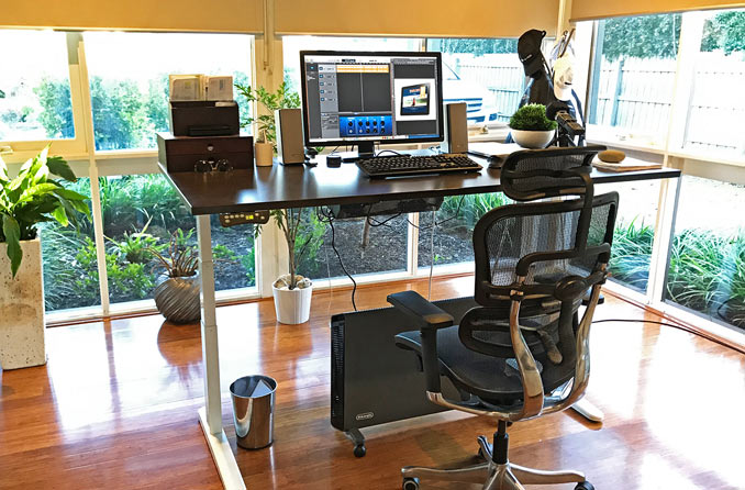 Height adjustable desk - working from home | Midlife Tribe