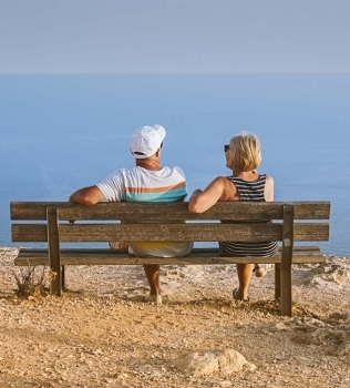10 Must-Read Posts About Midlife Divorce, Work, Wealth and Reinvention
